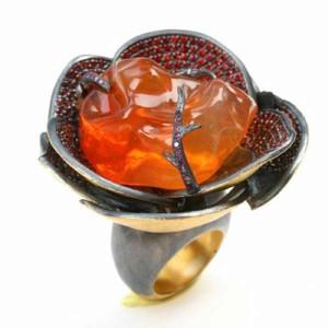 Yossi Harari orange ring