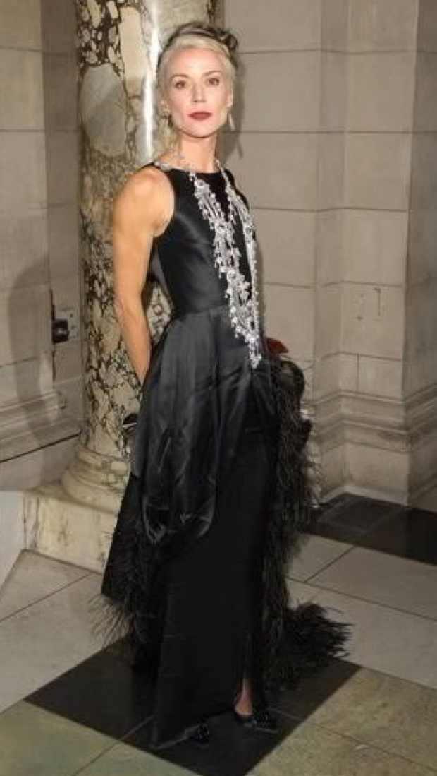daphne-guinness-2006-british-fashion