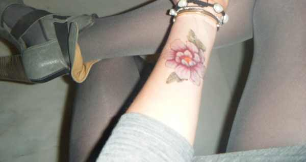 Urban decay Flower Temporary tattoo, Chloe boots