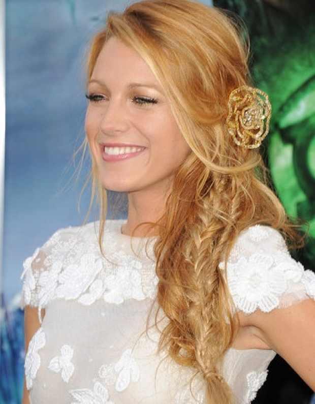 Blake Lively white dress gold flower hair