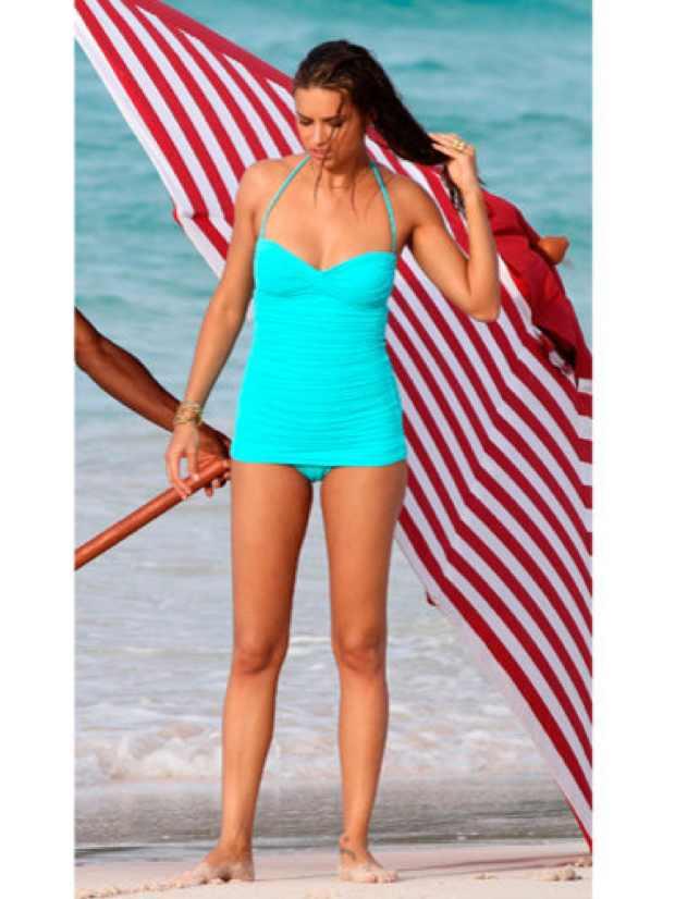 adrianna-lima-blue swimsuit
