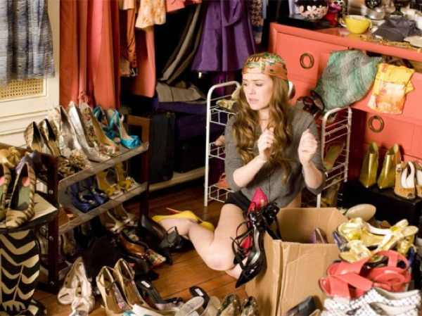 confessions-of-a-shopaholic- shoes