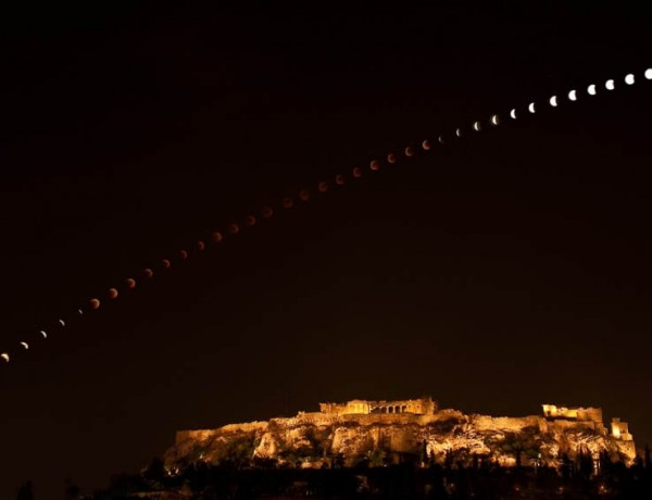 Eclipse-over-the-Acropolis Elias Politis