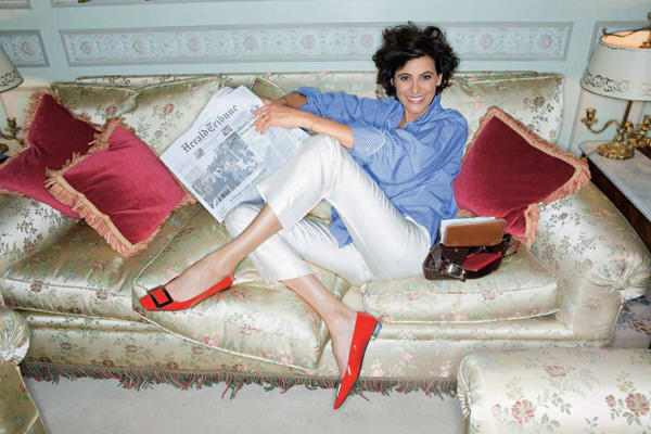 Inès de la Fressange in her living room