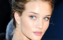 Trendy Hair- Get Ready Fast with 7 Quick and Easy Celebrity Hairstyles!!