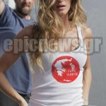 Gisele φοράει Save Greece t-shirt