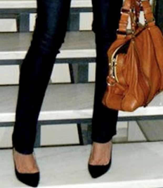 Manolo Bhlanik Black Stiletto Shoes