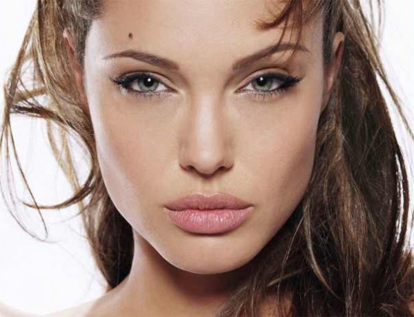 Angelina Jolie Face