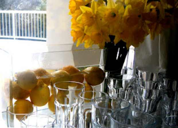 Bar decor, rectangular vase yellow flower lemons decoration