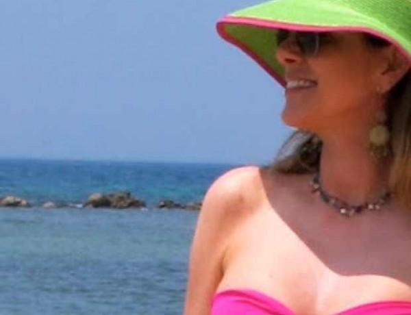 Dominican Republic – La Romana at Casa del Campo wearing bright pink