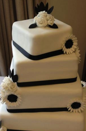 Coco Chanel style wedding cake decoration