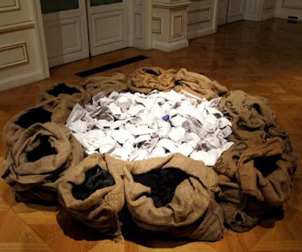Jannis Kounellis installation at the Cycladic Museum of Art