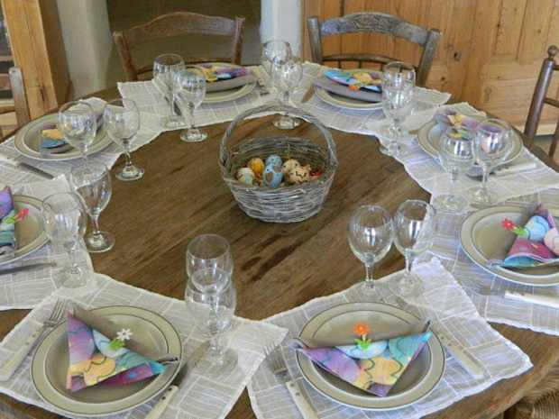 Paros, Makria Miti, Luxury Villa easter table