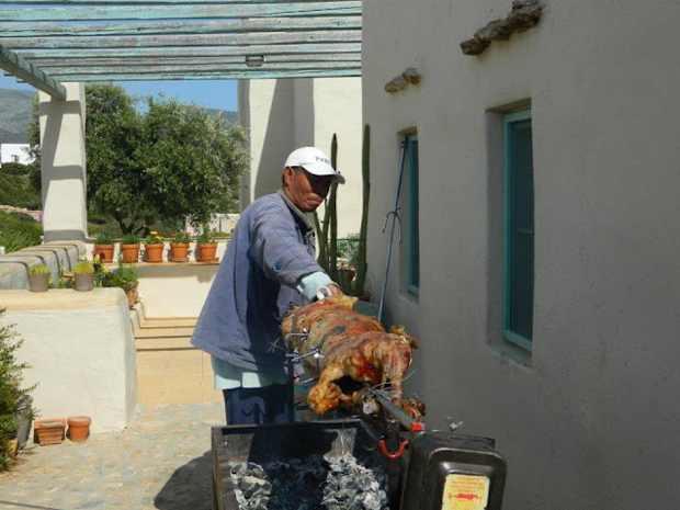 Paros, Makria Miti, Luxury Villa lamb traditional