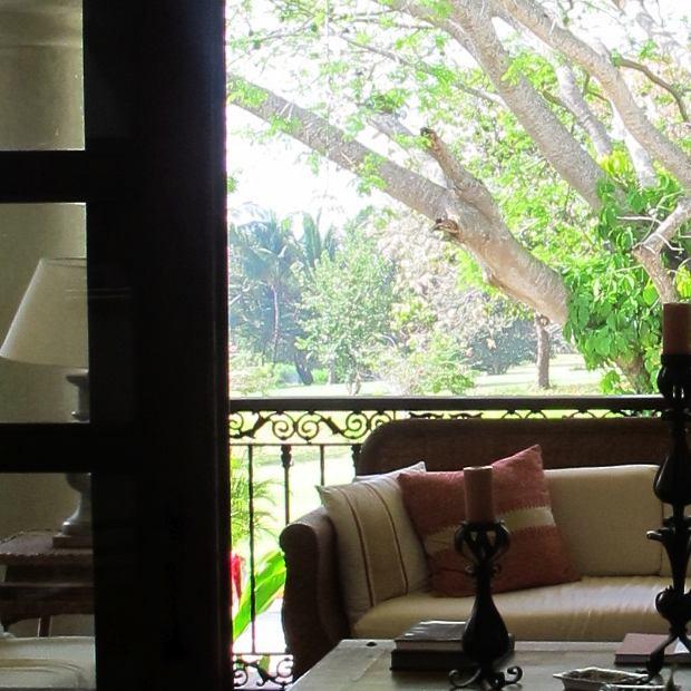 Casa de Campo Villa, Veranda