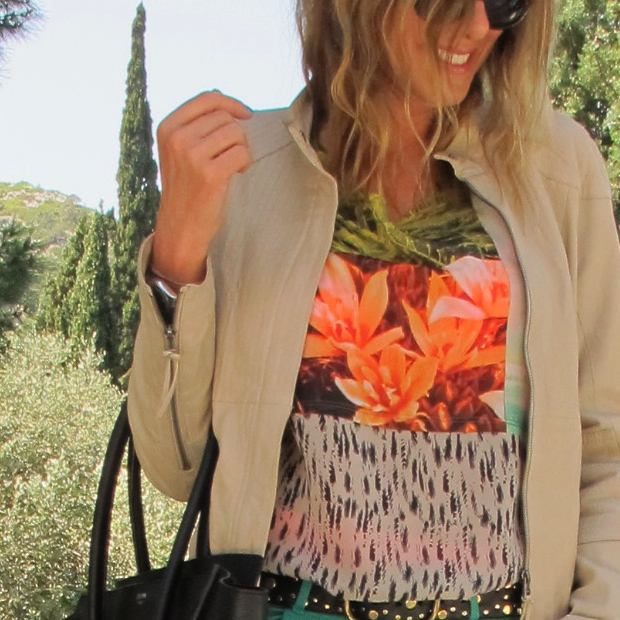 Tropical Color top