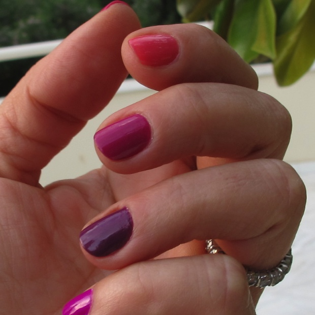 Cool Pink Nails Multicolor