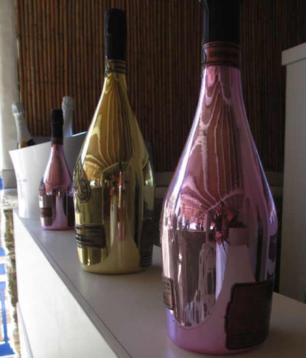 Champagne bottles gold rose