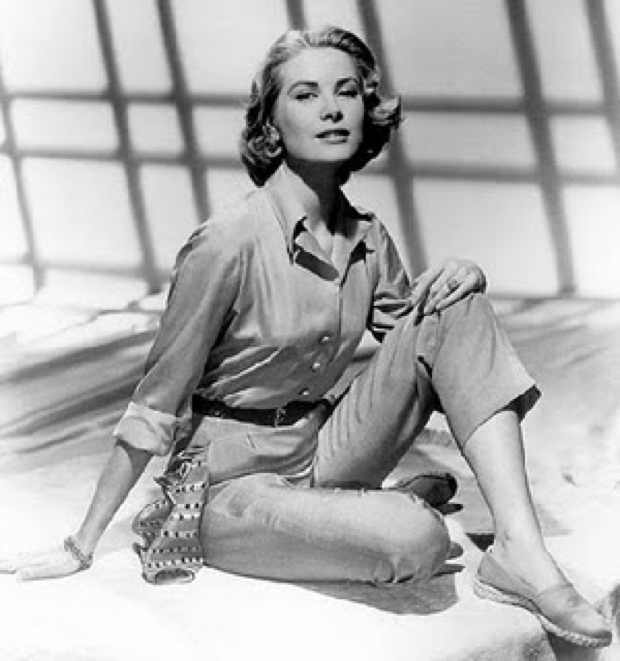 Grace Kelly wearing espadrilles