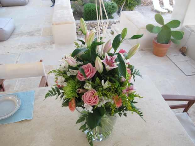 Flower Bouquet Makria Miti Estates