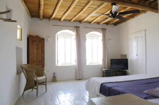 Master bedroom Mykonos Traditional Luxury