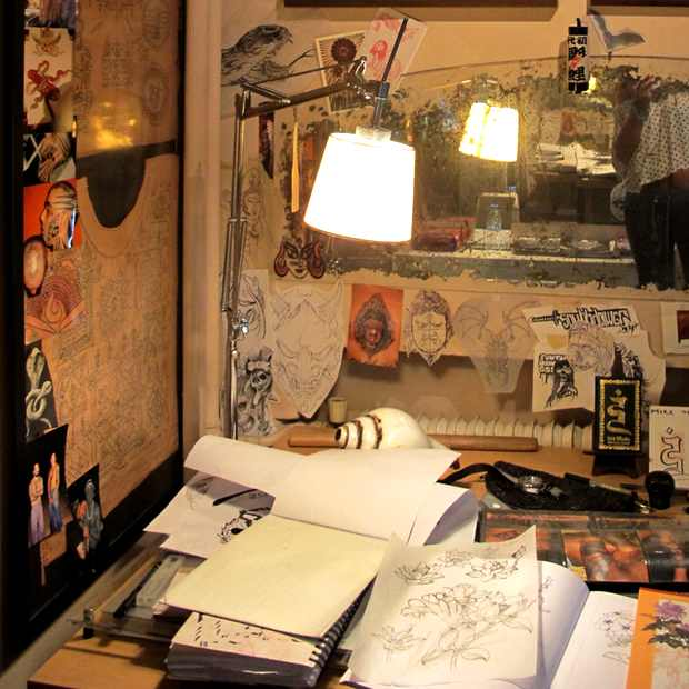Studio Mike-Tattoo-Desk-the athens