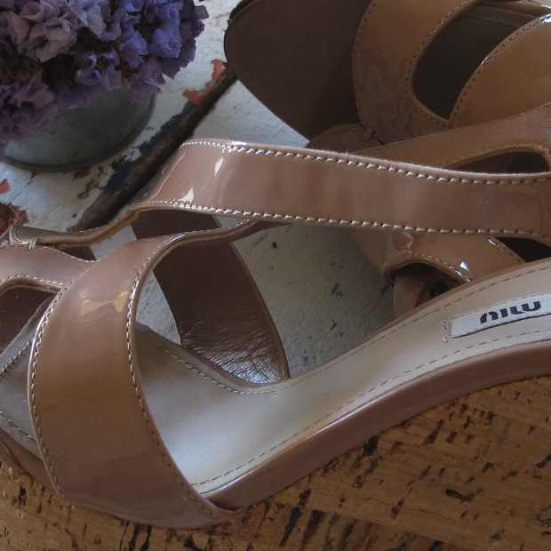 Miu Miu wedges nude