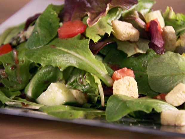 Mixed Green Salad, superfood for beautiful skin