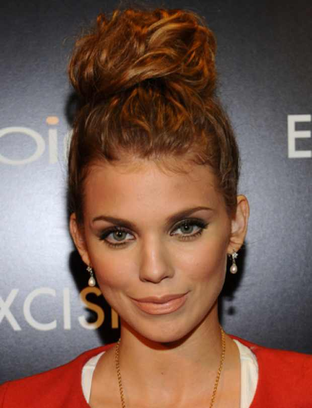 Celebrity Summer hairstyle AnnaLynne McCord's Top Knot
