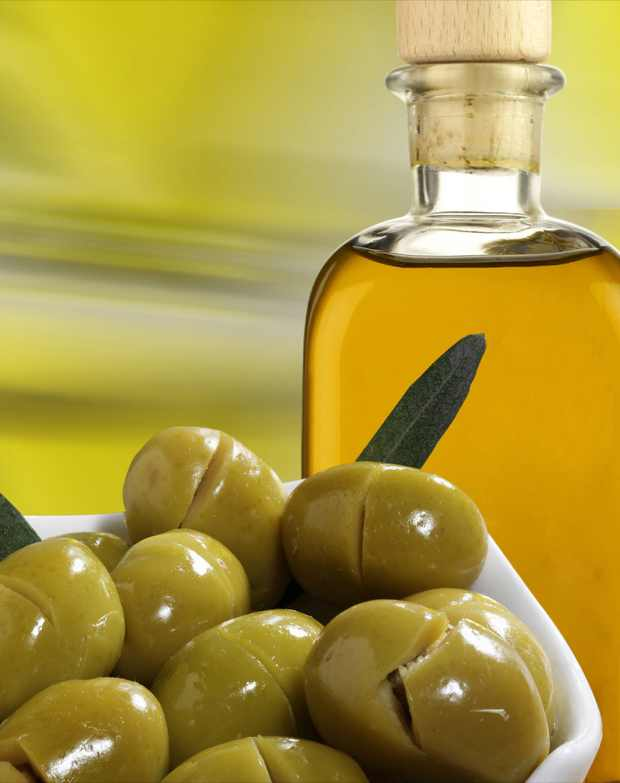 Olives and Virgin Oil, superfood for beautiful skin