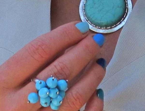 5 shades of blue nail polish