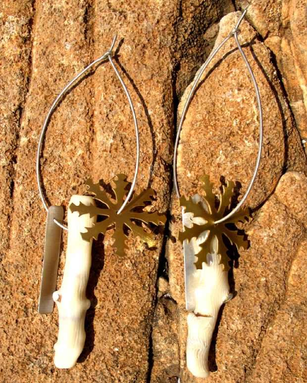 ACTUS earrings Paros Handmade jewelry coral white