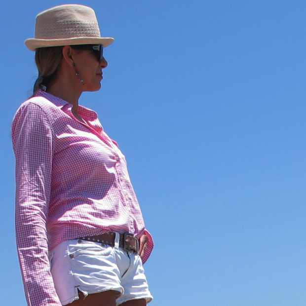 Beach Summer Pink shirt Outfit Panama Hat