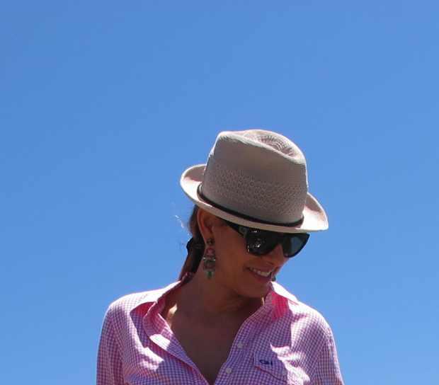Beach Summer Pink shirt Outfit blue sky
