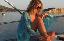 Cruising in Turquoise