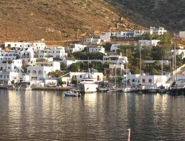 Greece Sifnos Port