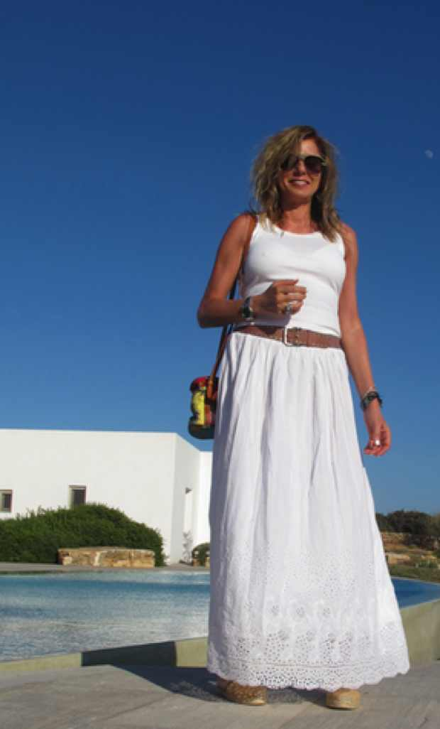 White outfit summer vacation