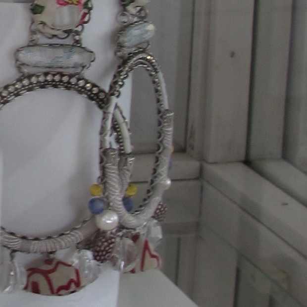 Yria Shop Paroikia Paros earrings Israel, Ayala Bar