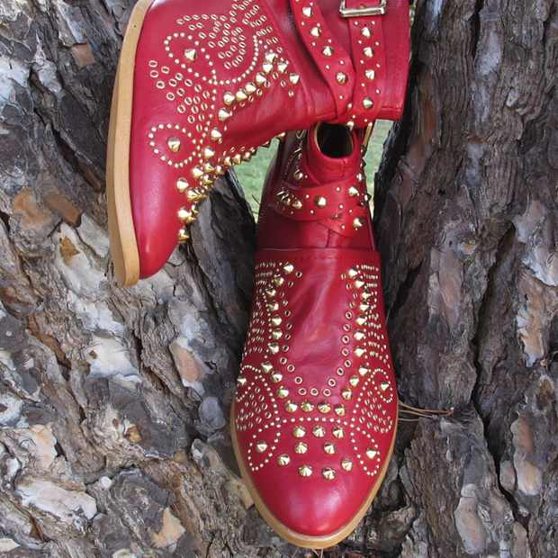 Zara boots Red Chloe look alike