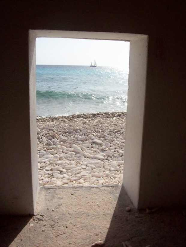 summer sea door