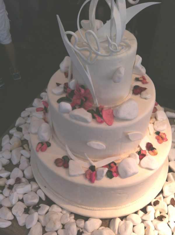 Ble Wedding cake