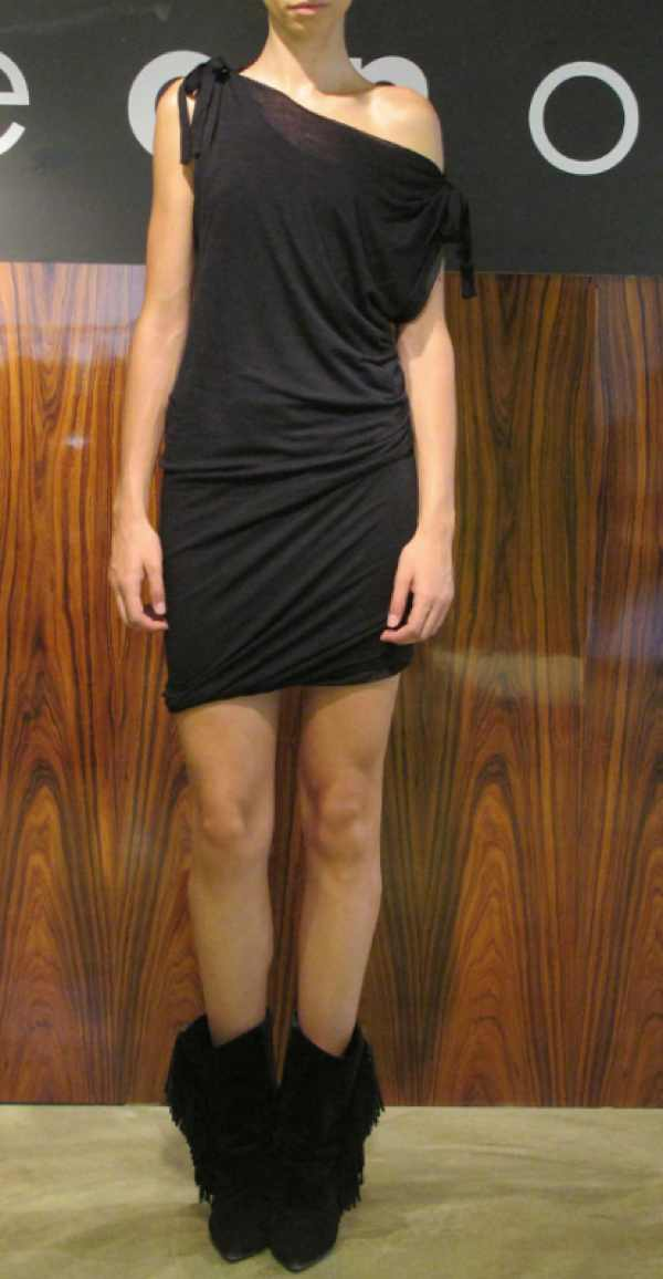Oneonone black seasonless dress