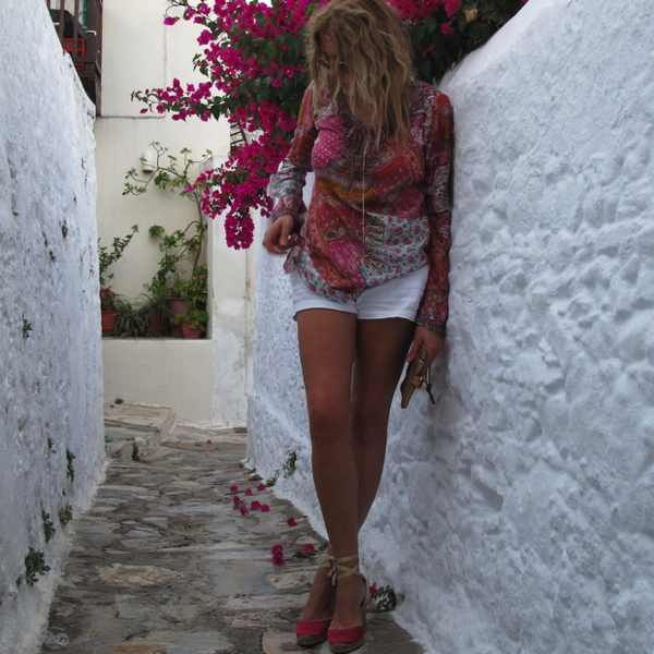 Pink flowers Skopelos, pink top. summer outfit