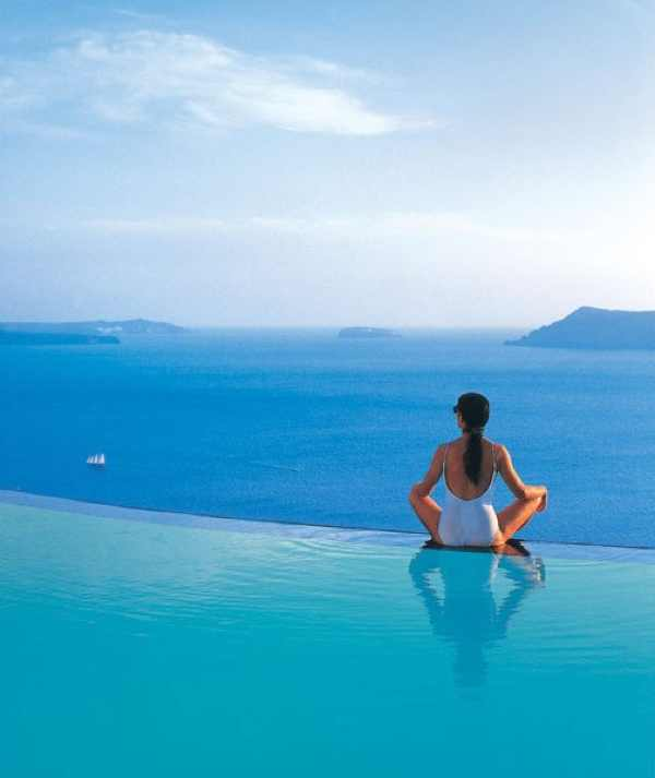 Santorini Perivolas Suites hotels swimming pool girl
