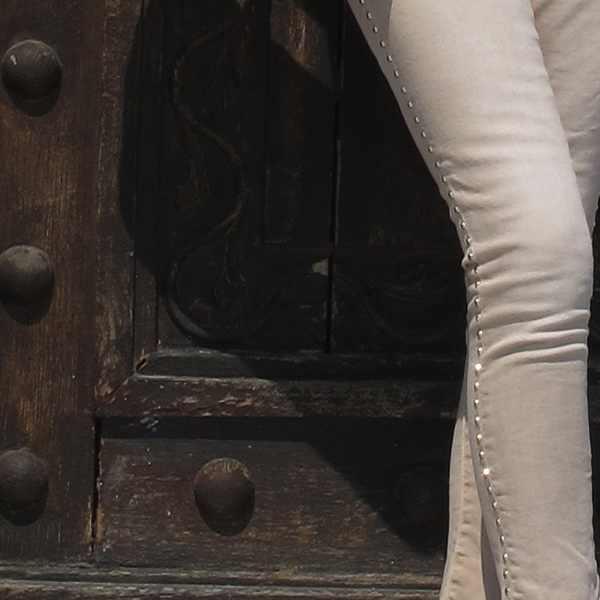 Studded skinny jeans Zara