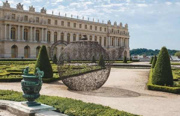 Contemporary Art Exhibition in The Palace of Versailles, Garden