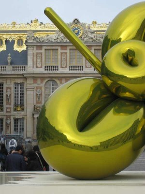 Contemporary Art Exhibition in The Palace of Versailles, Jeff Koons