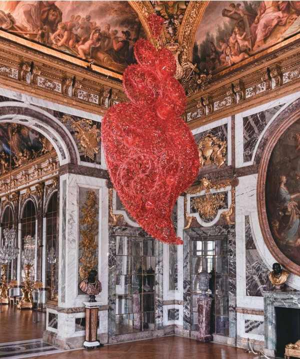 Contemporary Art Exhibition in The Palace of Versailles, Joana Vasconcelos