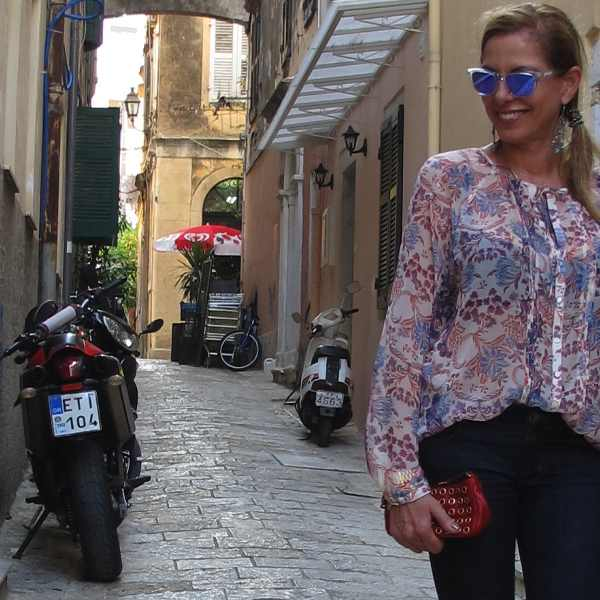 Street Style outfit Corfu