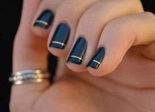 Black nail polish gold